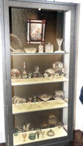 Vitriininäitus perekond Kuuskemaa klaasikollektsioonist