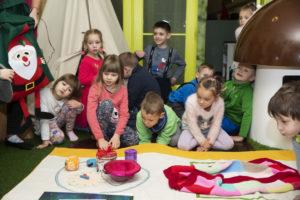AHSAKÄBI! Uus jõulutund lastemuuseumis