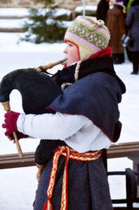 15.12. Lastemuuseum Miiamilla tähistab pärimusjõule: tule laula, tantsi ja mõistata!