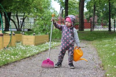 <b>Rohelised e-reeded:</b> rohenäpud tegutsevad Lastemuuseumi Facebookis